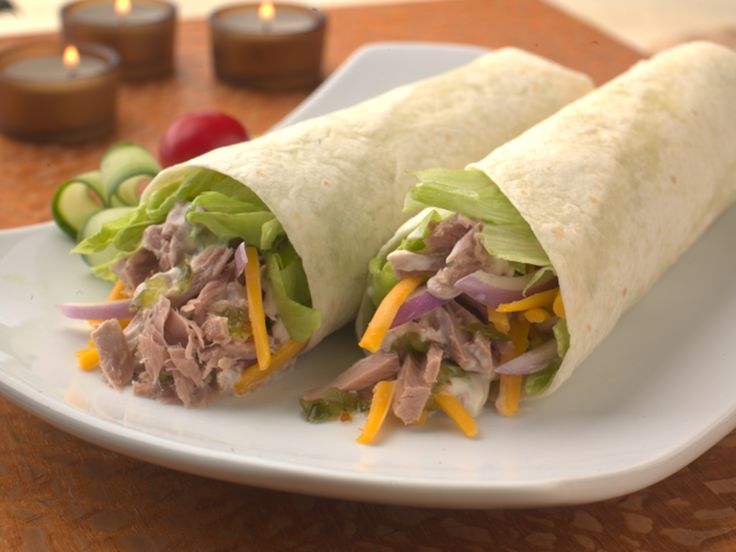 Make Life Easy with this Tortilla Roll with Tuna Salad, Shredded Lettuce and Cheddar recipe! LIKE us at https://www.facebook.com/goldseal #PinToWin #NoDrainer #MakeLifeEasy