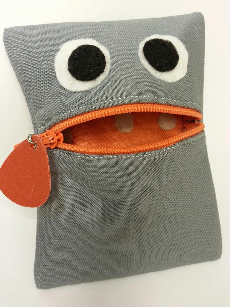 the zippy pouch