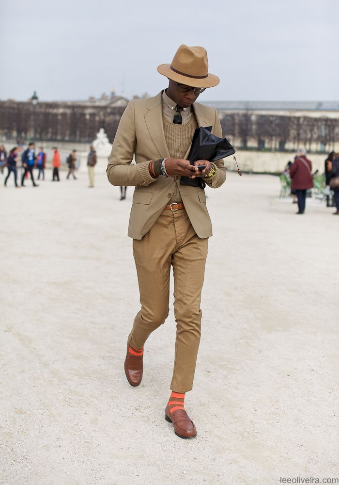 Paris suit street style        Thepinupnoire: I LIKE HIS STYLE