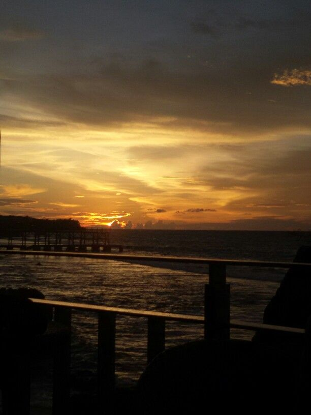 sunset momment Jimbaran Bali