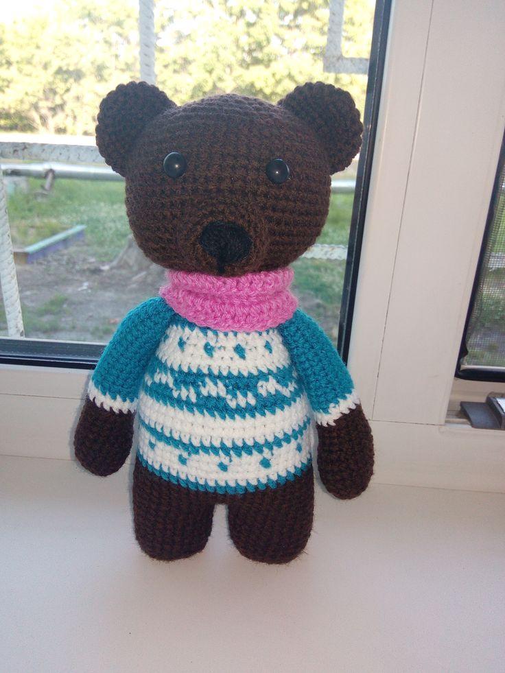 мишка с свитере