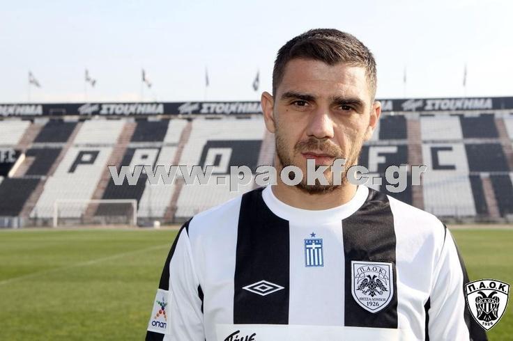Kostas Katsouranis with black and white stripes in Toumpas stadium