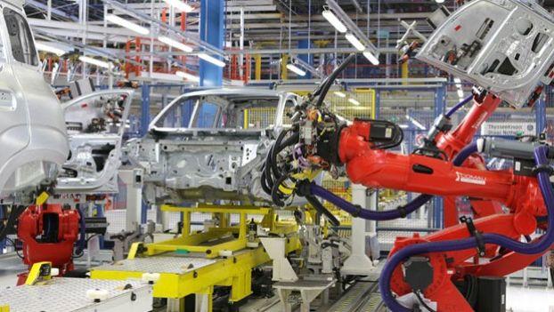 Prosegue il recupero dell'attività industriale in febbraio: +0,2% su gennaio