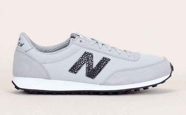 New Balance Sneakers Classics Traditionnel grises claires en mesh/cuir nubuck et logo reptile