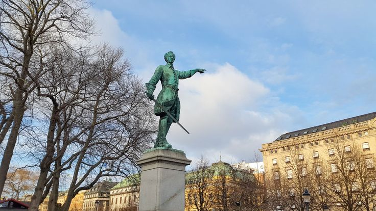 In this week's issue of Places of Interest, I show you some of my favourite public statues of monarchs and others in central Stockholm.