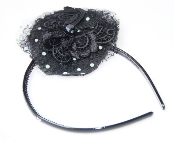 Cerchietto nero con crystal strass e fiore di Khalisagioielli, €15.00