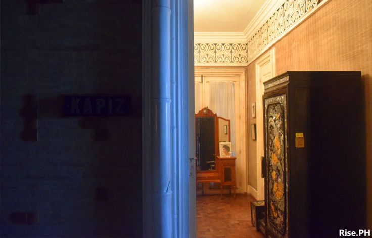 A room with Capiz motif