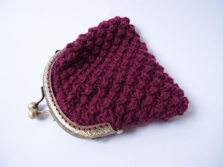 Porte monnaie vintage tricoté - pochette à maquillage de sac à main - prune et liberty : Porte-monnaie, portefeuilles par les-envies-damelie