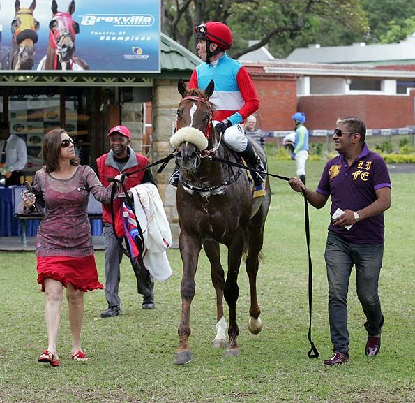 Summerhill Race Results: Greyville Polytrack 19/10/14 Race 4: MAIDEN PLATE 1600m Winner: THIRTYTWO SQUADRON A P Arrow (USA) x Beauty Queen by Jallad (USA). Bred By: Summerhill Stud (Pty) Ltd  Owner: The Fire Racing Trust (Nom : Mr Alesh Naidoo) and Summerhill Stud Syndicate (Nom : Mr M J B Goss). Trainer: C Laird Jockey: Kevin Shea  Gold Circle Photo  www.summerhill.co.za