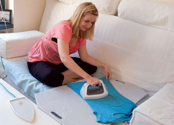 Convenient Cordless Irons - The Feinraus Ironing Kit Brings Portability to a Hated Chore (GALLERY)