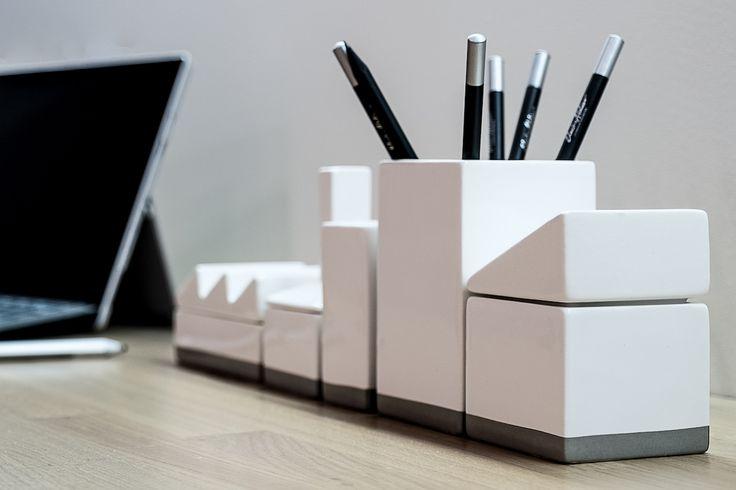 #officeinteriordesign #organize #computer #laptop #desk #gabinet #office #homedecor #pensil #tryc #jacektryc #architect #warszawa