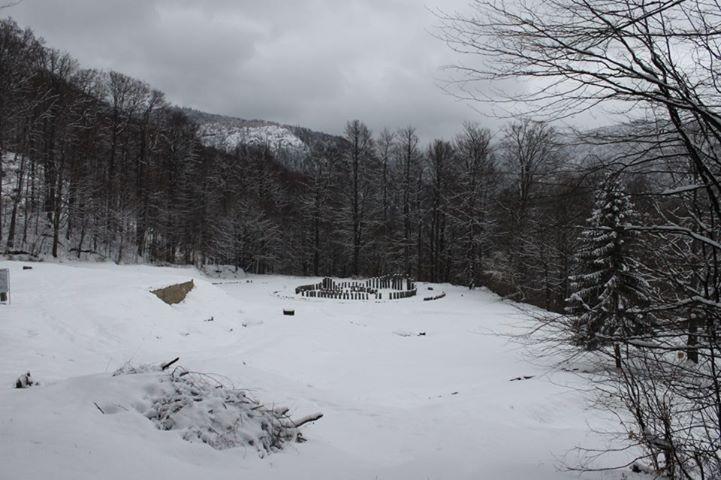 Sarmizegetusa Regia, view of the sacred area during winter - image taken via Orastie.info