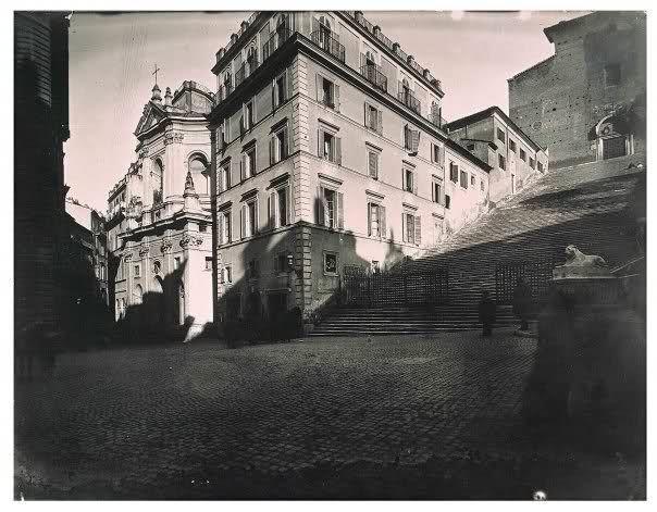 """La scalinata dell'Ara Coeli ancora con le case """"addossate"""""""
