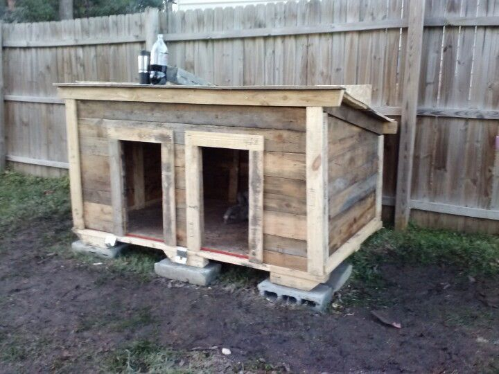 Pallet dog house built for two pinteres for Wooden chicken crate plans