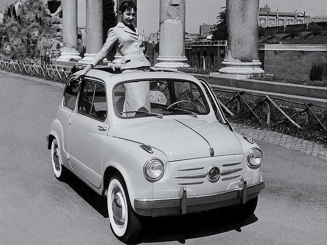 Fiat 600 by Auto Clasico, via Flickr