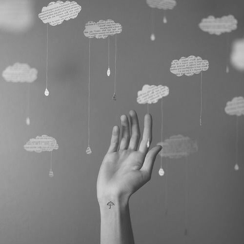 Hand cloud idea