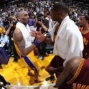 In LeBrons final duel with Kobe Cavs top Lakers 120-108 (Yahoo Sports)