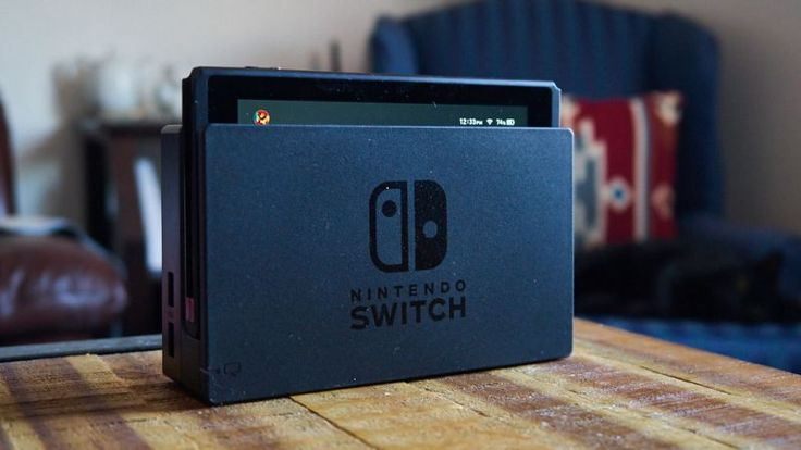 The Switch has been having a rough launch so far, with claims of bad connectivity, scratched screens, dead pixels, and miserable frame rates. Today's freakout involves the Nintendo store no longer offering the much-maligned dock for sale, with claims it's evidence of a recall or redesign—but the theory might not hold much water.