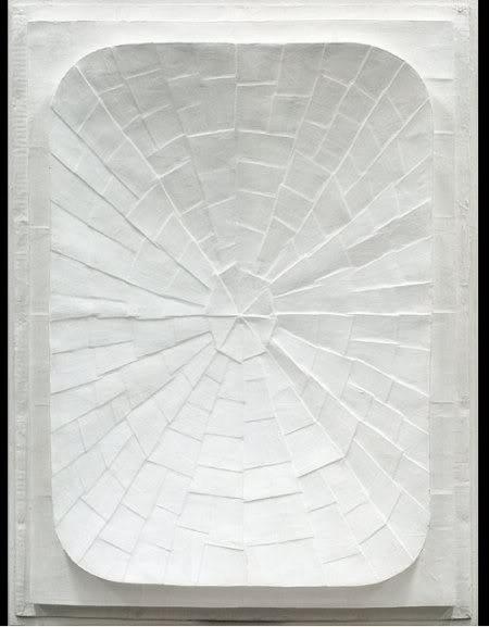 Jan J. Schoonhoven, Relief, 1963. Ongelofelijk hoeveel kleur er in wit zit.