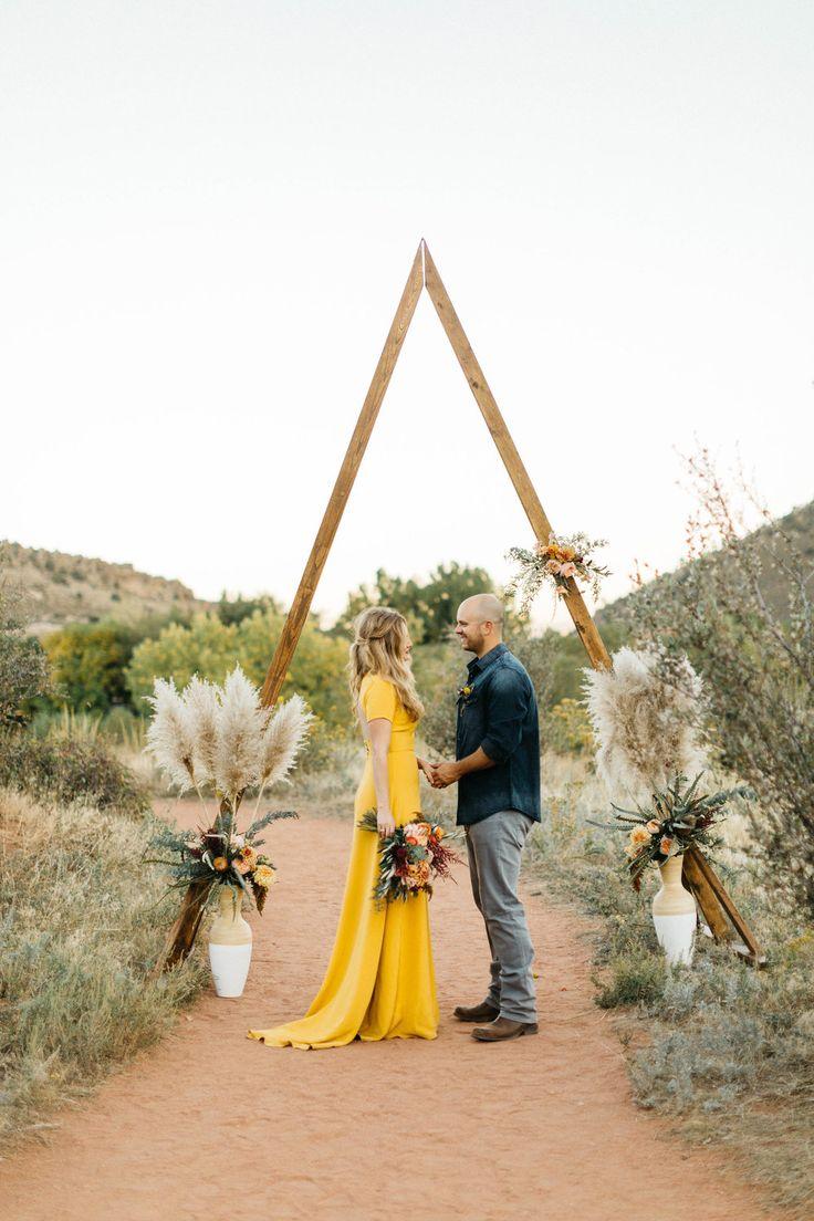 southwest wedding inspiration //  boho wedding // bohemian tablescape // colorado wedding rentals // texas wedding rentals // green wedding shoes