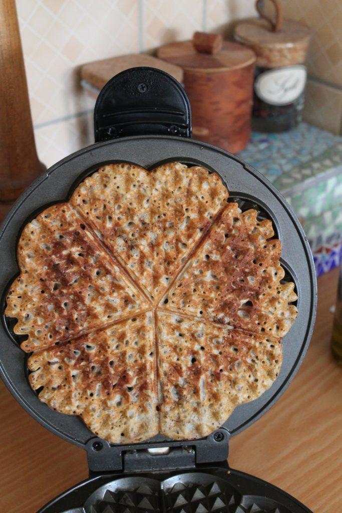 Sourdough waffle upstraight_may 2017