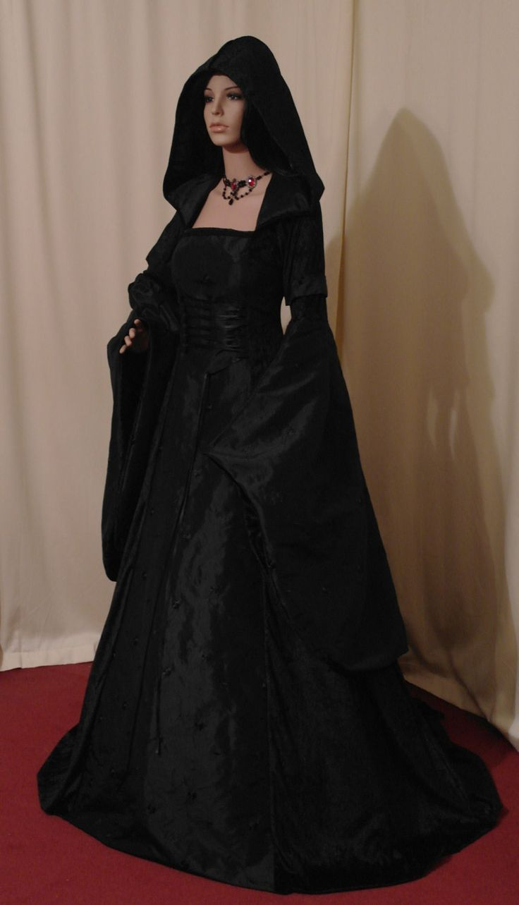 Gothic Gowns | Dress images