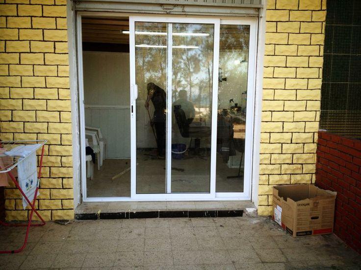 25 b sta porte en aluminium id erna p pinterest porte entr e aluminium p - Porte de placard vitree ...