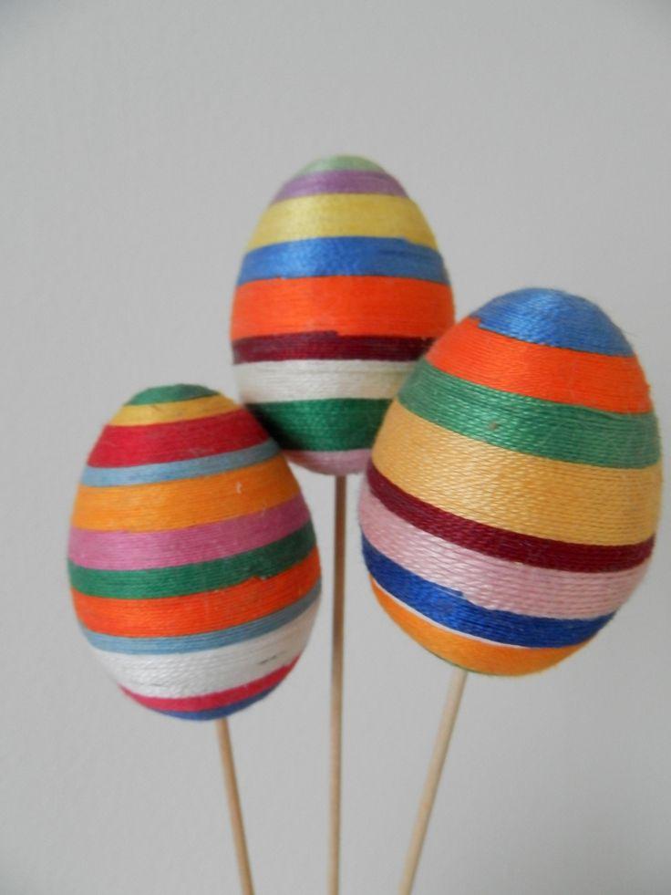 Bavlnková vajíčka Ručně vyráběná bavlnková vajíčka na špejli