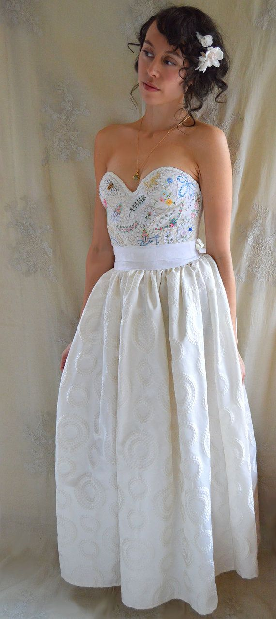 Meadow Bustier Wedding Gown... women boho whimsical by Jada Dreaming