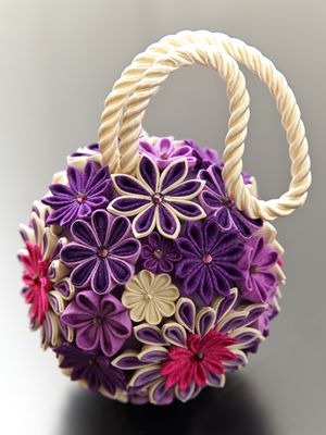 """kanzashi Ball - This would make a cute """"Valentine Kissing Ball"""" - Just decorated with a few more hearts, feathers, beads, colors of Valentine's, etc."""