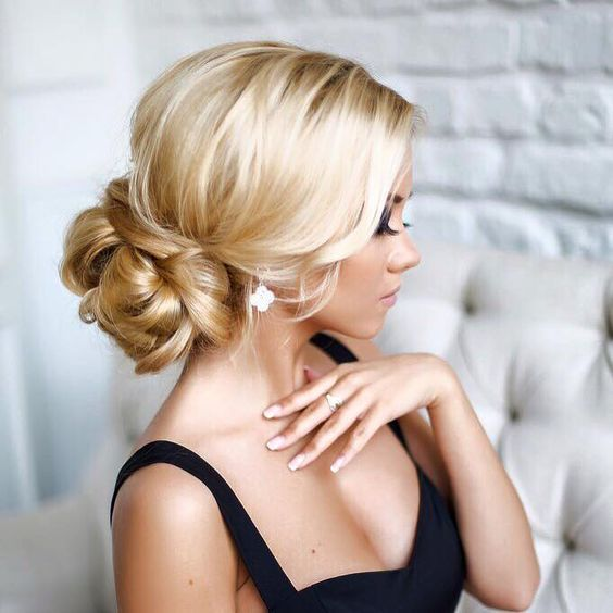 11 elegante opsteek voorbeelden voor dames met lang haar. - Kapsels voor haar