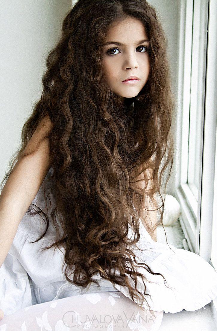 Love this little girl's hair!.
