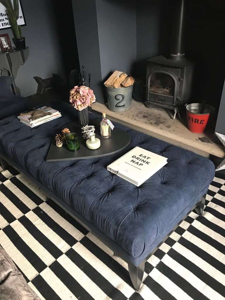 Oversized coffee tables & ottomans