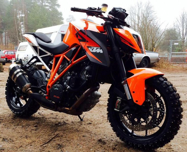 daidegas: KTM Duke 1290 OFFROAD Insane in a good way :) smcbikes.com #ktm