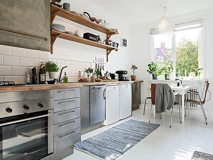 Lichte keuken Zweeds appartement | Inrichting-huis.com. Mooi kleurplaten.