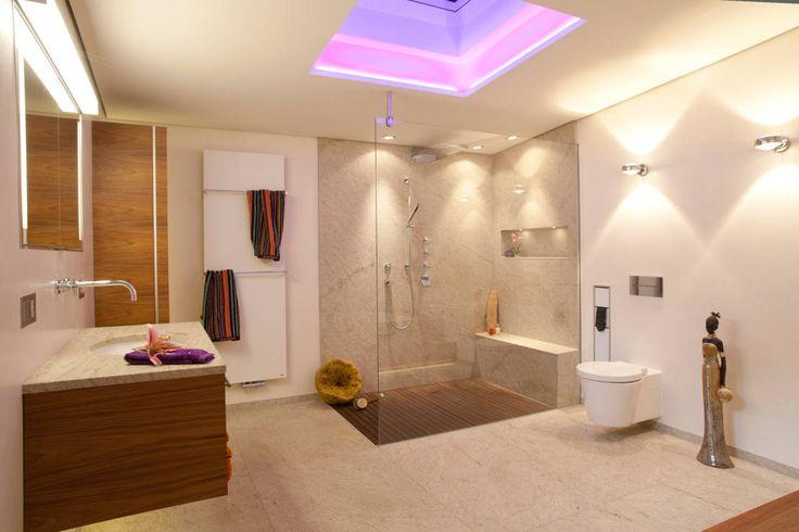 Dusche und handtuchwärmer lässig