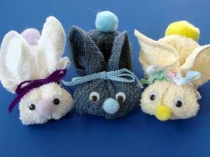 Coelhinhos de páscoa feitos com toalha   Pra Gente Miúda