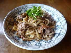 舞茸と豚肉の焼きうどん