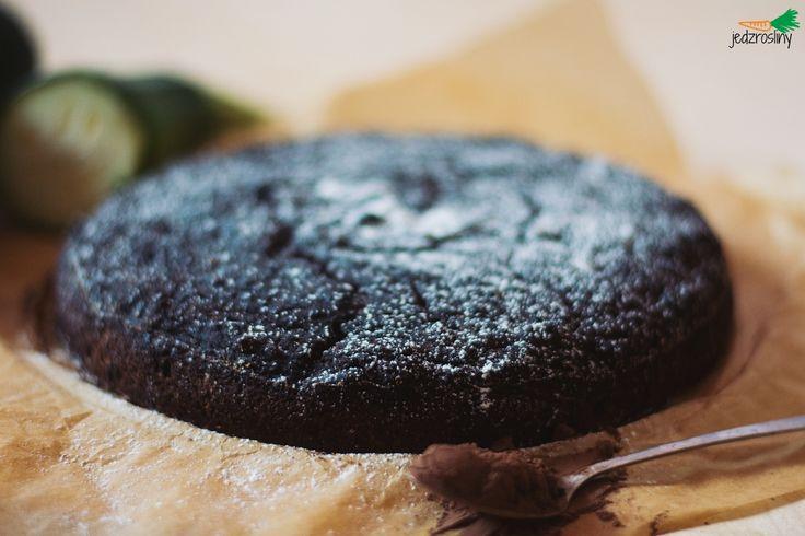 JEDZ ROŚLINY: ciasto czekoladowe z cukinii (bez tłuszczu, cukru i glutenu)