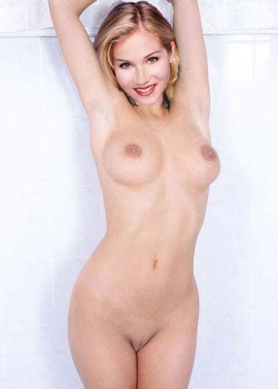 Christina applegate sexy pussy