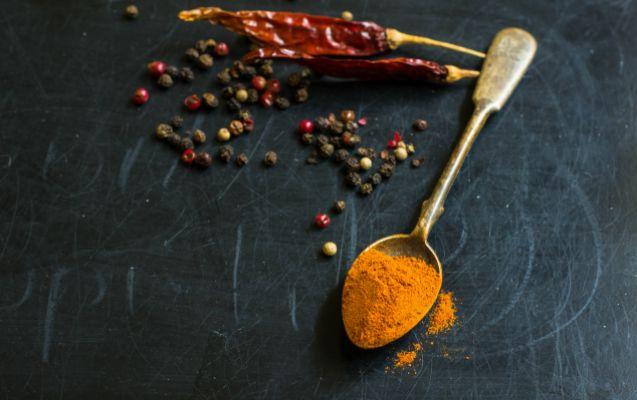 Μαύρο, κόκκινο ή λευκό, καυτερό ή γλυκό, το πιπέρι μπορεί να καλύψει όλα τα γούστα, χαρίζοντας γεύση στο φαγητό μας, αλλά και ευεξία στον οργανισμό μας.
