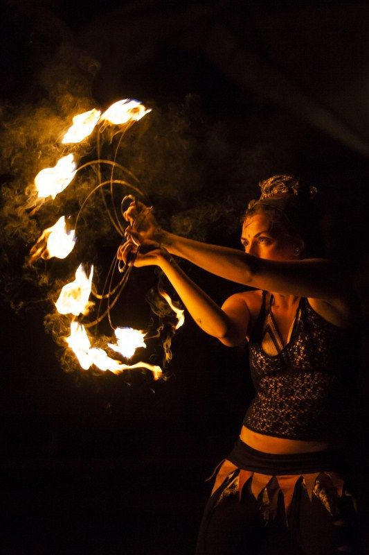 by Francesco Scapazzoni 2012    fire fans * fire dance * fire performer * fire spinning    im so gonna learn this!!