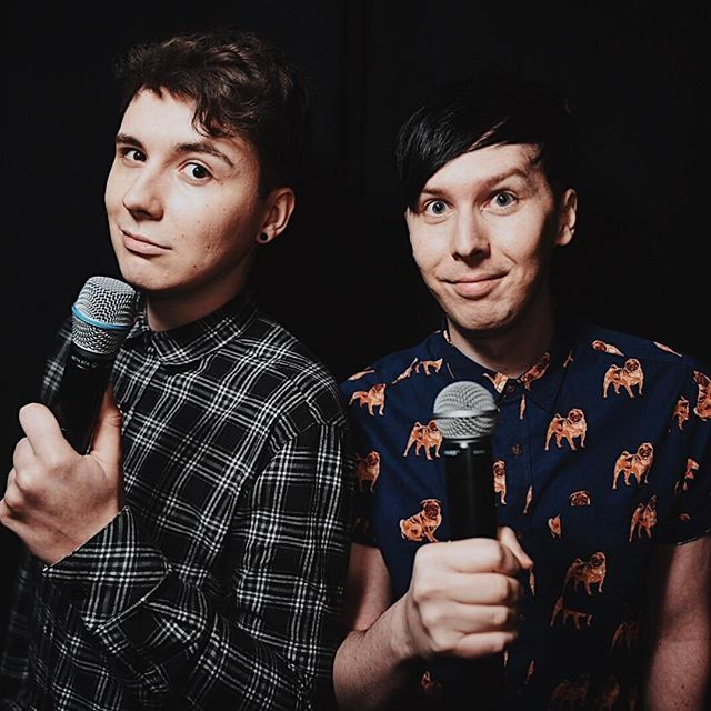 Who's ready for the playlist live kickoff extravaganza hosted by danisnotonfire and @mazingphil???...