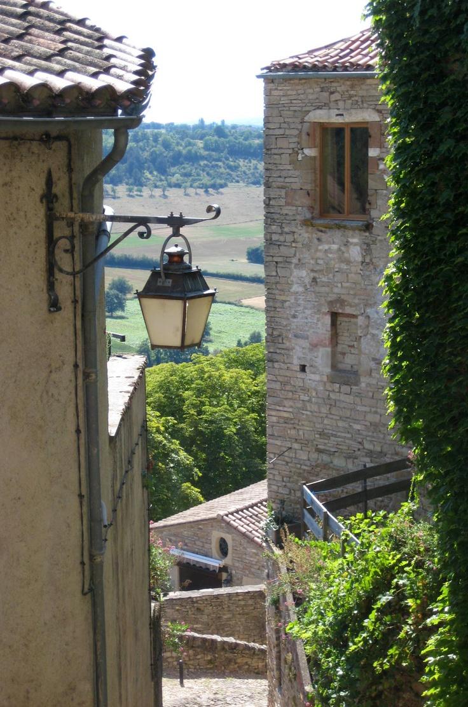 37 best setenil de las bodegas images on pinterest for Jardin secreto wine