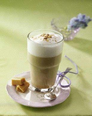Das Rezept für Kaffee Caramello mit Sirup und weitere kostenlose Rezepte auf LECKER.de