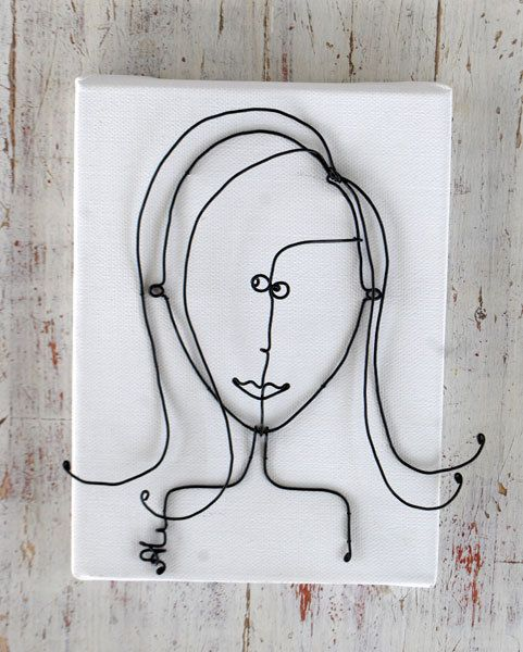 Girl made of wire, the frame may be an unusual decoration of the interior frame size 20х15 cm (8х6Inch)