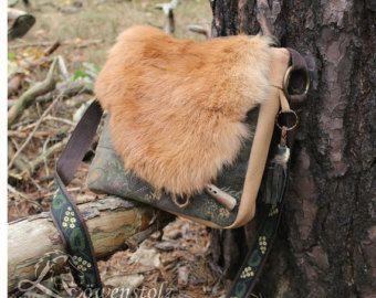 Bandolera de cuero con piel de cabra Upcycling por Loewenstolz