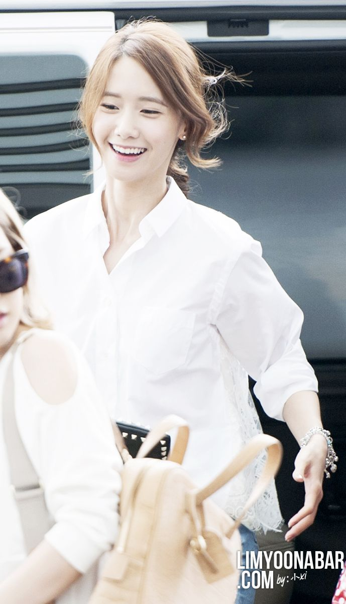 Im Yoona ★ SNSD - AirportFashion