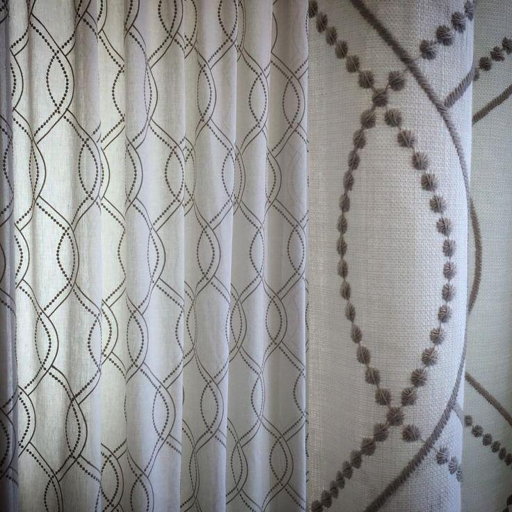 Janike de Saum und Viebahn: Visillo bordado. / Cortina brodada. #ontario #fabrics #saum