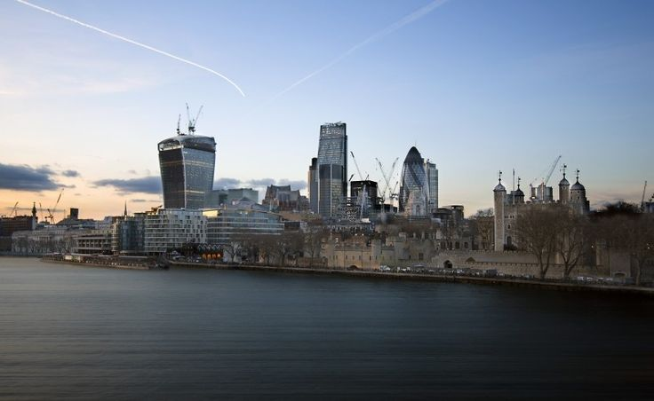 City skyline in dusk London is one of the earth's most frequented regions London has something for everybody: from history��_